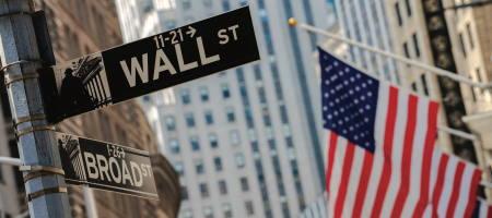 Уолл-стрит закрылась снижением из-за техсектора