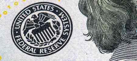 ФРС следует задуматься о снижении объемов покупки активов