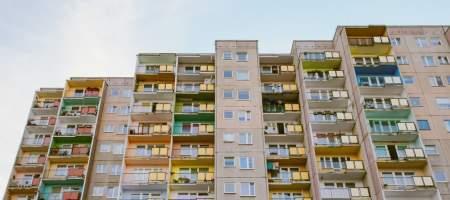 За сколько лет можно накопить на квартиру в России?