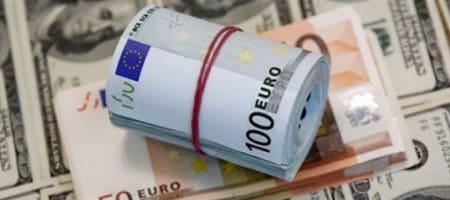 Евро продолжает восстанавливаться против доллара